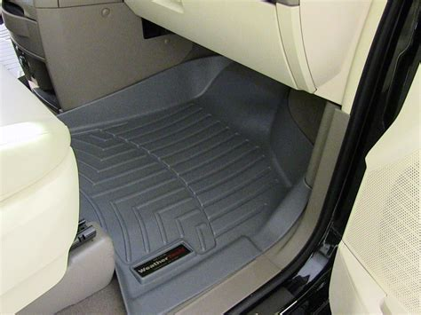 2010 chrysler town and country floor mats weathertech