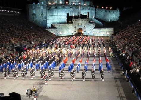 tattoo edinburgh 2013 the lone piper picture of the royal edinburgh military