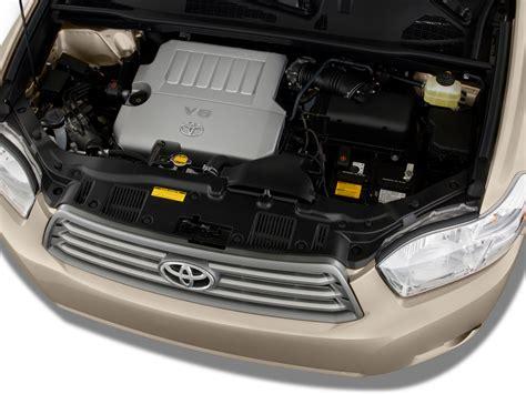 Toyota Highlander 2 7 Liter Engine 2009 Toyota Highlander Available With 2 7 Liter Four Cylinder