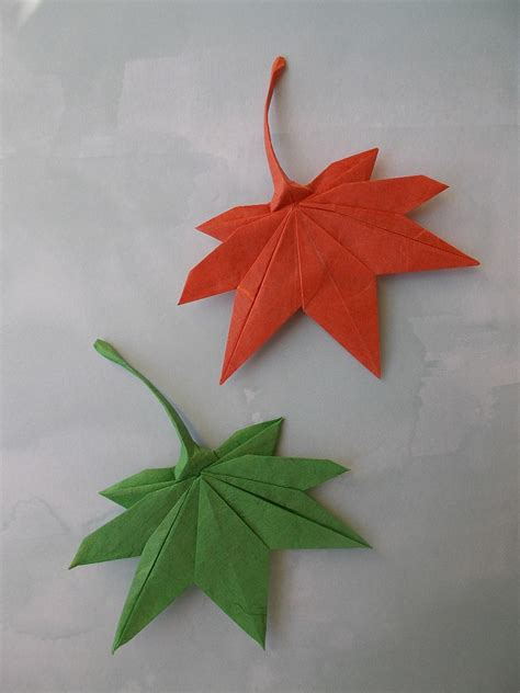 Origami Maple Seed - this week in origami autumn leaves edition