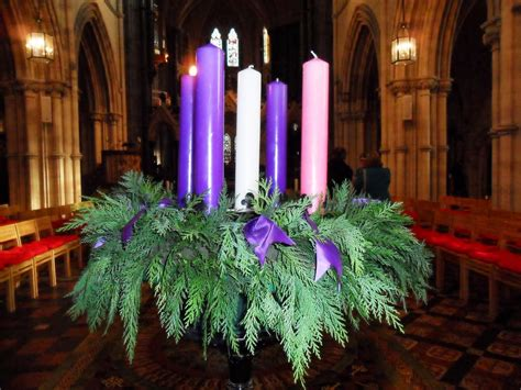 lighting the advent wreath meeting in the liturgy the meaning of the advent