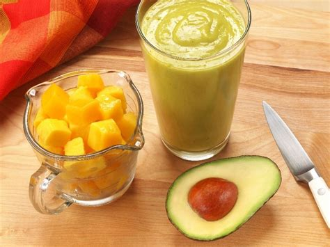 2 fruit smoothies a day mango and avocado smoothie days to fitness
