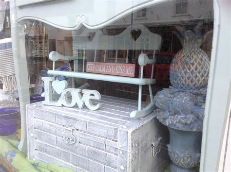 pinki red shabby chic gift shop lymington gift shop