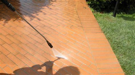 pulire fughe pavimenti pulire le fughe dei pavimenti e mantenerle in buone