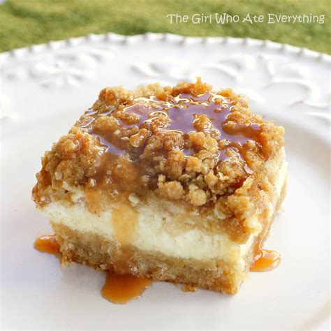 caramel apple cheesecake bars with streusel topping caramel apple cheesecake bars the girl who ate everything