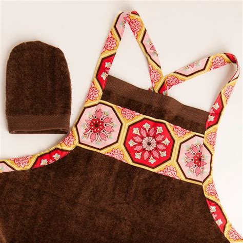 pattern for apron with towel sewing pattern baby bath apron towel and mitt by