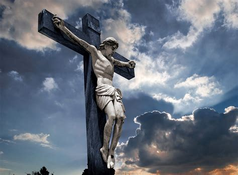 imagenes de jesus crucificado jesucristo crucificado www imgkid com the image kid