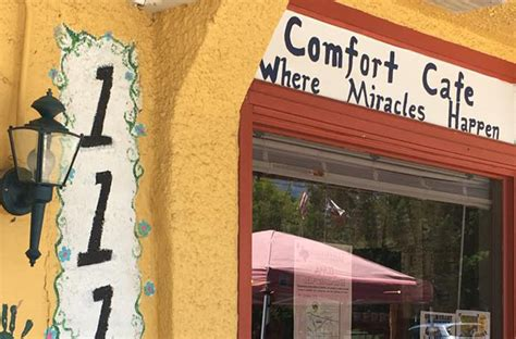 comfort cafe smithville tx armed man barricaded himself in smithville cafe