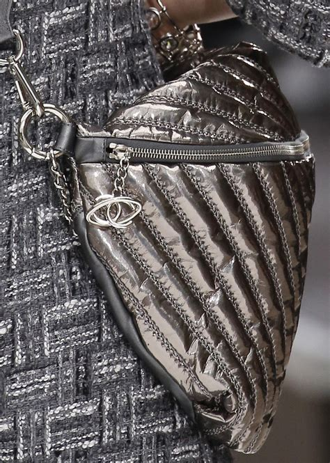 Runway Review 2008 Designer Handbags by Chanel Fall Winter 2017 Runway Bag Collection For