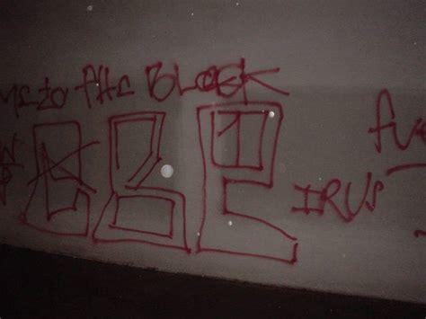 gang graffiti art culture compton pirus