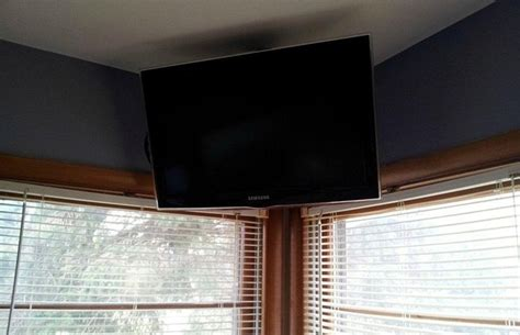 Mount Tv From Ceiling by Ceiling Mounted Tv Ideas Images