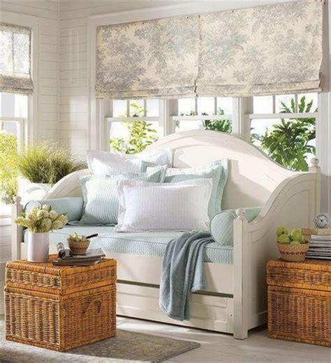 Daybeds In Living Room Ideas Ideas Para Decorar Con Cestas De Mimbre Decoraci 243 N De