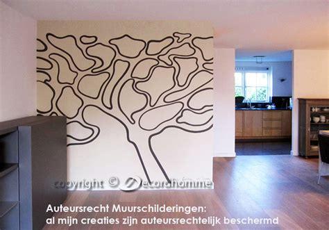muurtekeningen woonkamer boom muurschildering moderne eigentijdse muurschilderingen