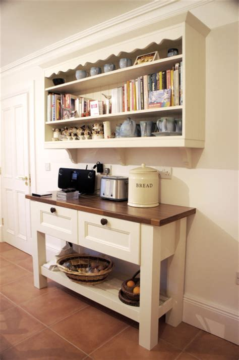 irish country living traditional kitchen  metro  anne ellard design