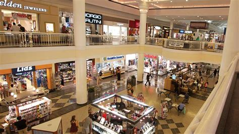 bookstore near walden galleria buffalo mall outlets galleria mall buffalo niagara ny