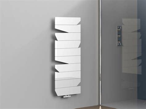 asciuga salviette da bagno scaldasalviette in alluminio a parete by k8 radiatori