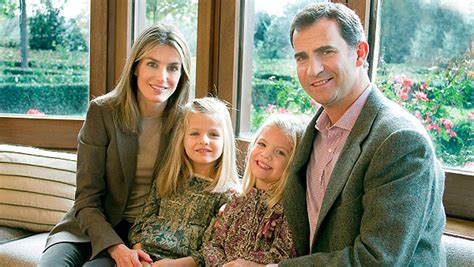 las hijas de espana 8466624856 monarqu 205 a espa 209 ola felipe vi un reinado decisivo en espa 209 a