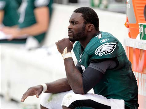 michael vick benched nfl quarterbacks who may be moving this offseason