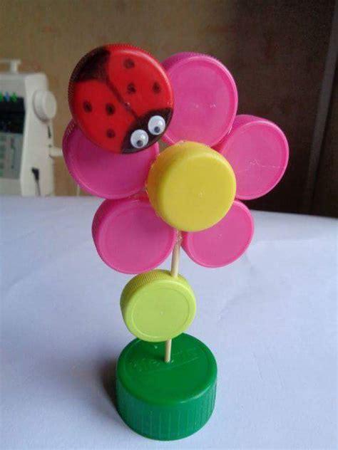 imagenes de flores reciclables flor con tapones manualidades para ni 241 os