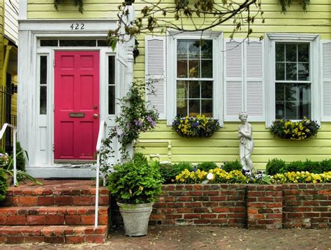 yellow house with red door red door yellow house of yellow house red door oppeople com