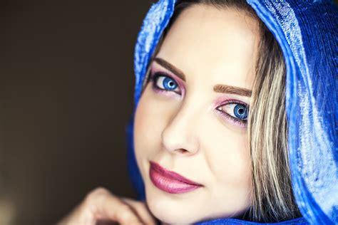 imagenes de ojos verdes y azules bella mujer de ojos azules hd 1500x1000 imagenes