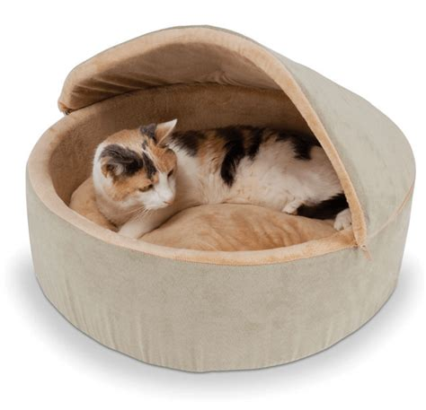 How To Comfort A Cat In Heat by 13 Cuddly Cat Beds To Keep Your Cat Warm In Winter