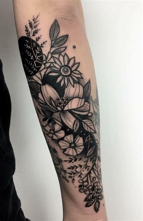 black floral tattoo designs best 25 black flower tattoos ideas on henna