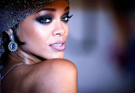 Rihanna Pictures by Rihanna Wallpapers High Resolution And Quality