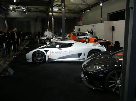 koenigsegg crash test 100 koenigsegg crash test brr handling difference