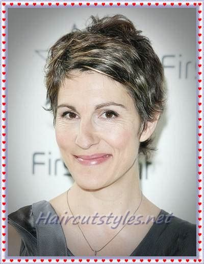 should women in their 40s wear short pixie cuts pixie hairstyles for older women in 2018 haircut styles