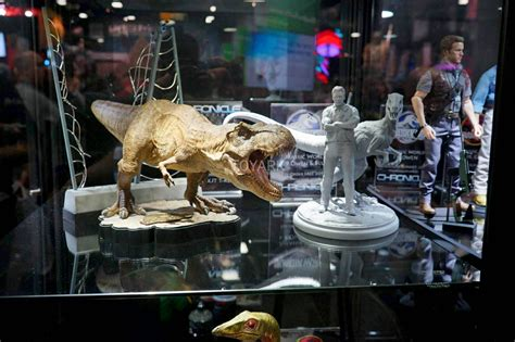Jurassic Park Collectibles chronicle collectibles jurassic park