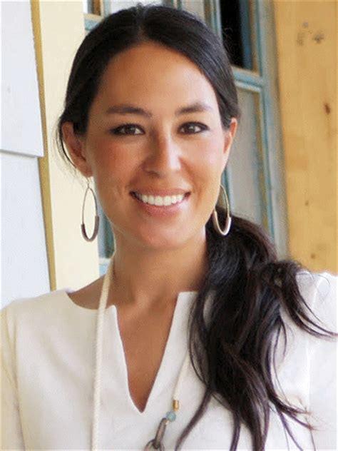 joanna gaines joanna gaines real estate expert tv personality renovator designer tv guide
