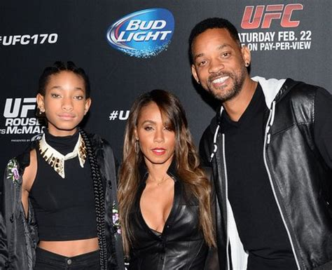 whats happening in vegas february 2014 will smith wife jada daughter willow arrive at mandalay