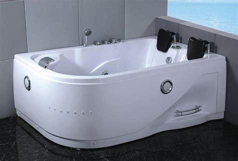 vasca idromassaggio doppia in vasca idromassaggio 180x120 con cromoterapia e doppia