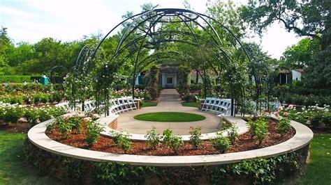 Rose Mary Haggar Rose Garden   Dallas Arboreturm   Dallas