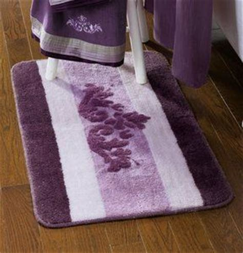 purple bathroom rugs and towels 1000 ideas about purple bathrooms on purple bathroom accessories bathroom and