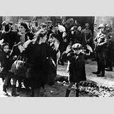 Jewish Ghettos During The Holocaust | 467 x 330 jpeg 37kB
