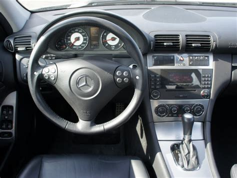 Mercedes C Class 2005 Interior 2005 mercedes c class pictures cargurus