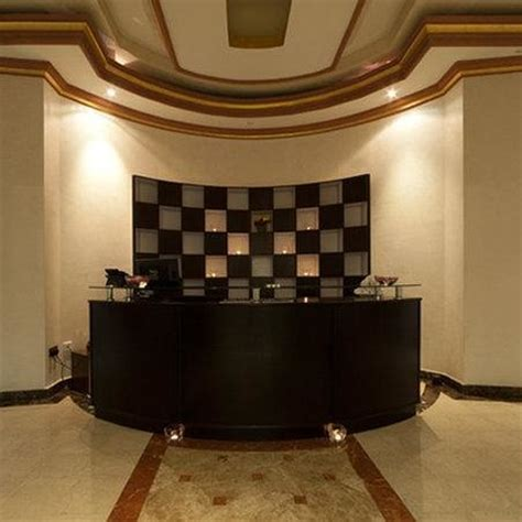 Spa Front Desk by Duchess Lobby Lounge Picture Of Governor West Bay Suites