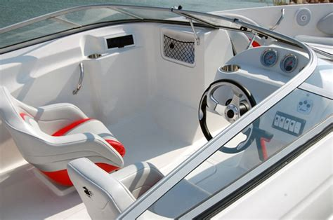 checkmate boats reviews pulsare 2000brx and convincor 2800obx sportboat bargains