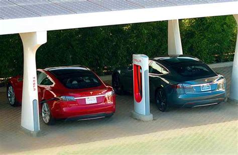 Tesla Supercharging Stations Canada Tesla Plans Cross Continent Expansion Of Supercharger