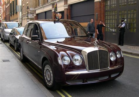 bentley limo file 2002 bentley state limousine jpg wikipedia