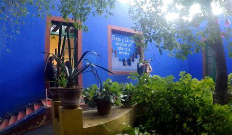 casa azul frida kahlo mi encuentro con frida kahlo en la casa azul de coyoac 225 n