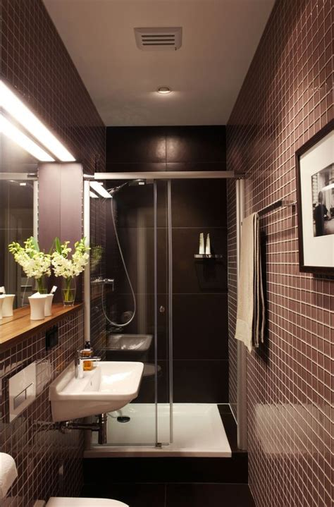 small narrow bathroom design ideas best 25 narrow bathroom ideas on narrow