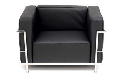 gran confort sofas lc3 le corbusier grand confort armchair classic designer