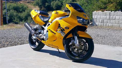 honda cbr 900 rr 1998 honda cbr900rr rider559