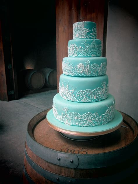 henna design wedding cake best 25 henna wedding cake ideas on pinterest henna