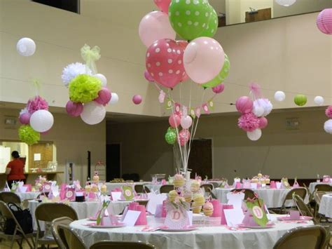 Adornos De Mesa Para Baby Shower - decoraci 243 n mesas de invitados baby shower ni 241 a pinterest