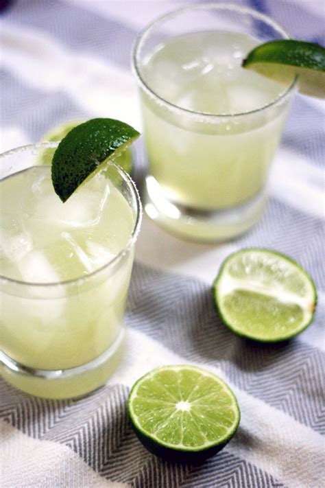 the best fresh margarita recipe dishmaps