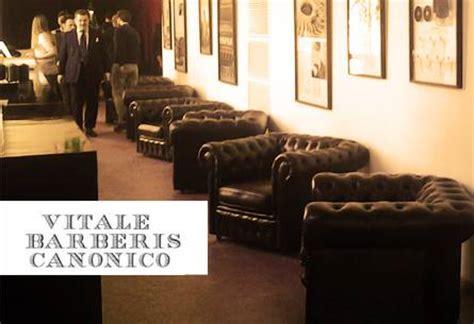 poltrone e sofa biella divani poltrone chesterfield nuovi vintage vendita noleggio